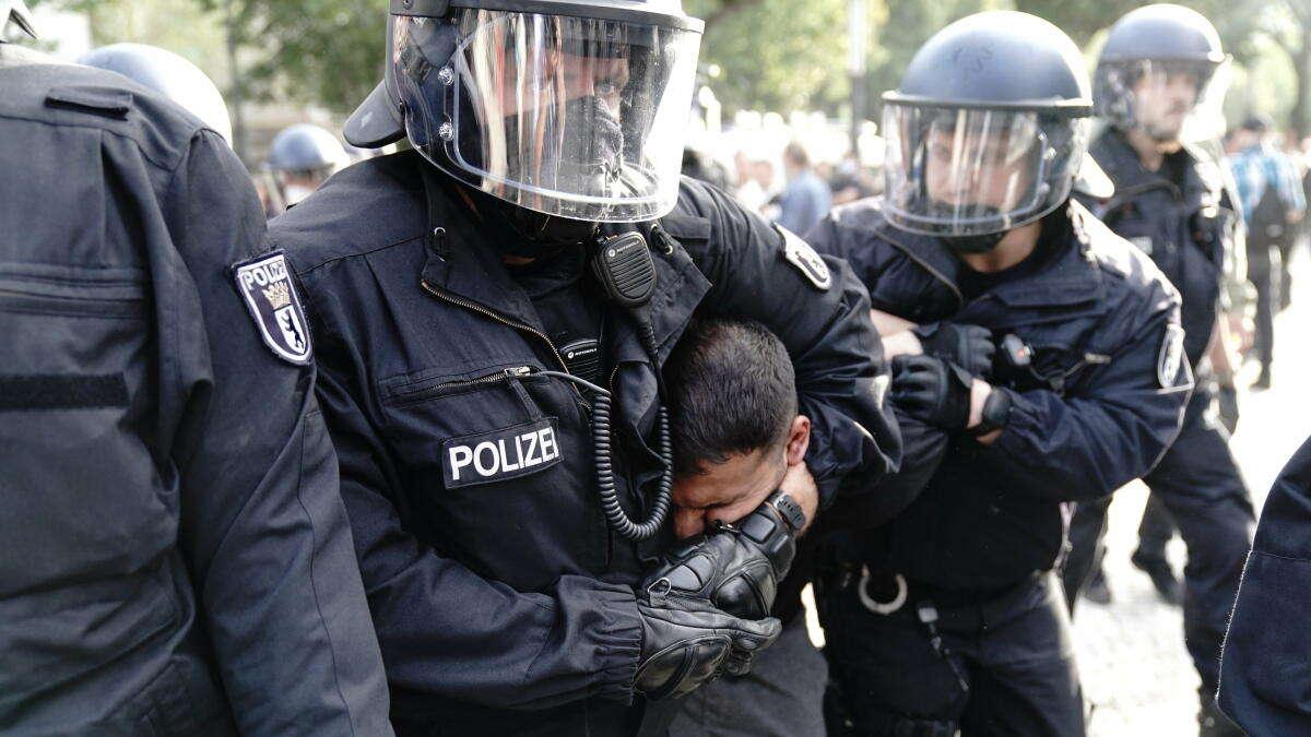 Polizei Berlin Corona